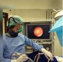 adadd28c3 É uma cirurgia endoscópica, ou seja, não há cortes. É feita através da  uretra por utilização de microcâmera para identificação da pedra realizando  a quebra ...
